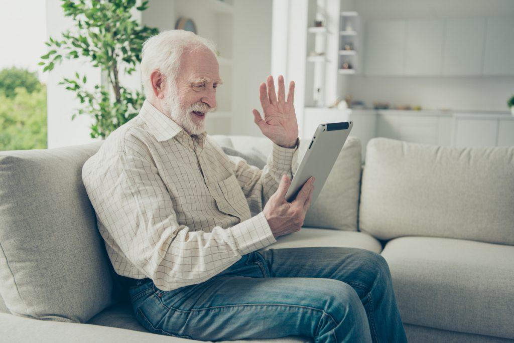 in-home-memory-care-alpharetta-videochat